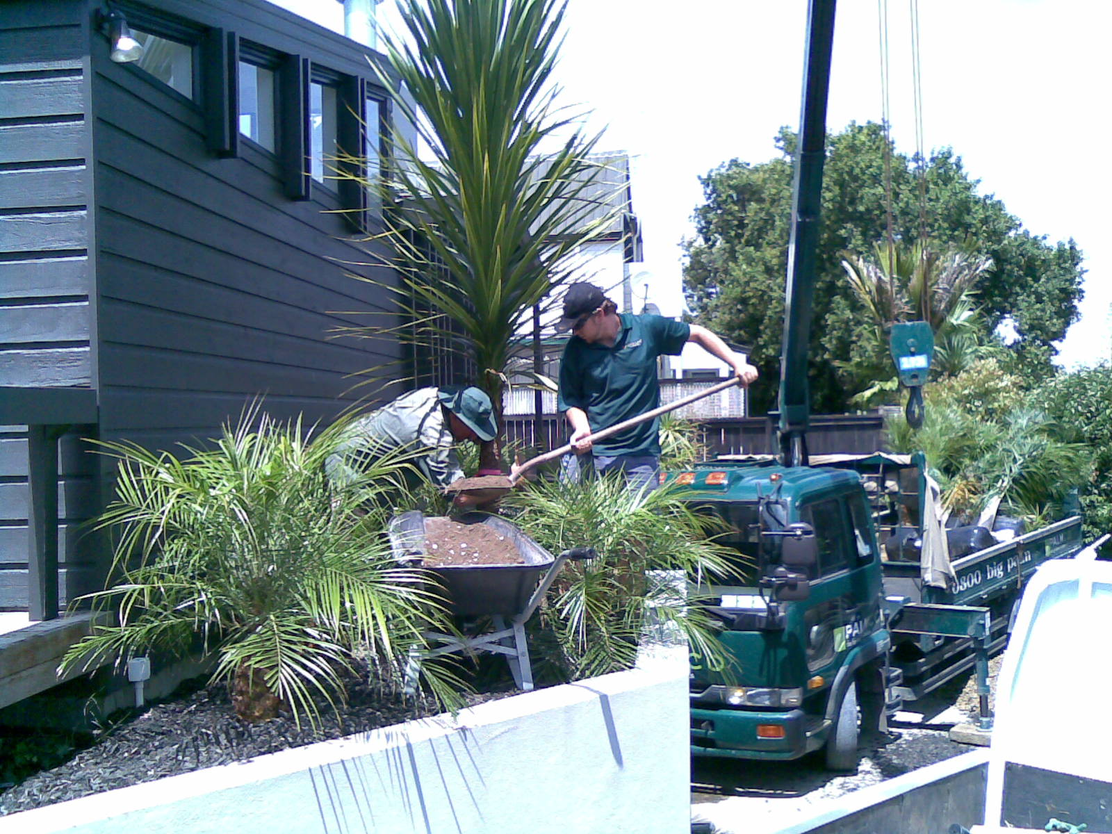 Auckland 39 s landscape construction design services experts for Landscaping auckland